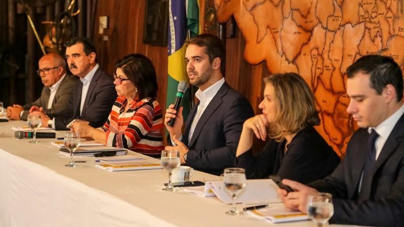 PORTO ALEGRE, RS, BRASIL, 28/11/2019 - Governador conversa com a imprensa sobre o Reforma RS. Fotos: Gustavo Mansur/ Palácio Piratini
