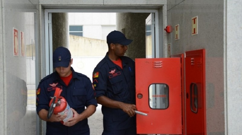 bombeiros extintor