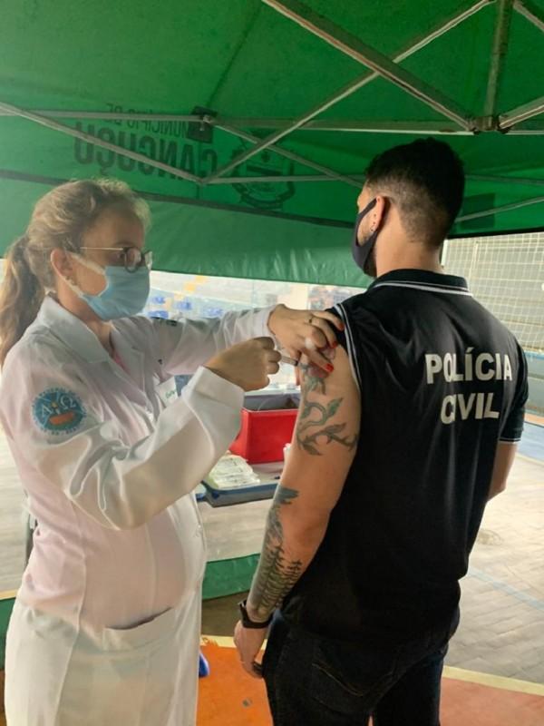 Vacina Canguçu 3ABR21 foto 1